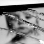 broken-mirror-3-379470-m