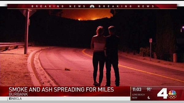 scared couple watch la tuna canyon fire