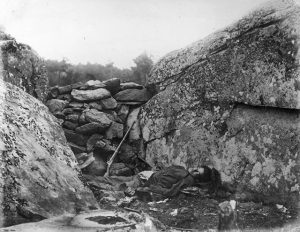 gty_gettysburg_devils_den_kb_130702_blog